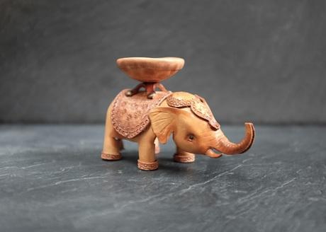 elephant_02.jpg
